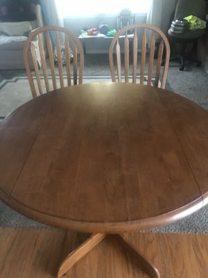 Kitchen table for Sale in Indianapolis, IN