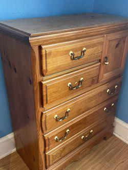 Bedroom Furniture for Sale in Bellmawr,  NJ