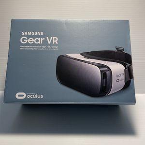 Samsung Gear VR Headset for Sale in Sun City, AZ