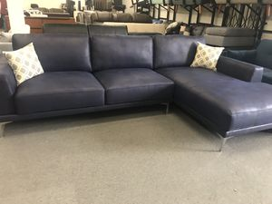 New ink blue sectional couch for Sale in Long Beach, CA