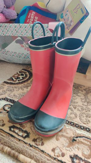 Size 1 Red rain boots for Sale in Federal Way, WA