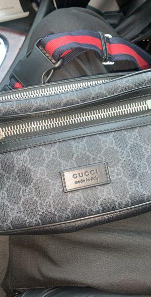 Authentic gucci men bag for Sale in Calumet City, IL