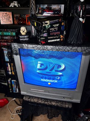 "Magnavox 19"" TV/DVD/VCR Combo w/o Remote for Sale in Colton, CA"