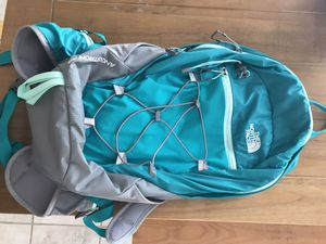 North face backpack & hydration bladder never used for Sale in Tucson, AZ