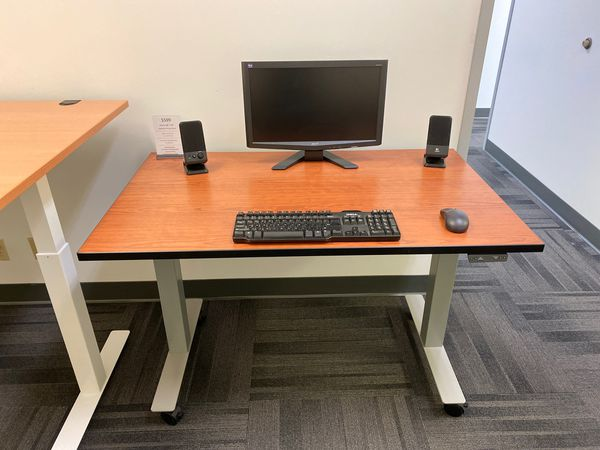 "Cherry Electronic Sit-Stand Desk 48"" x 30"""