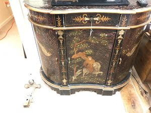 Antique Asian cabinet for Sale in Sanford, NC