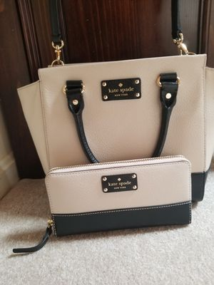 KATE spade Purse with matching wallet for Sale in Silver Spring, MD