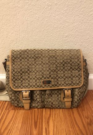 Coach messenger bag for Sale in San Jose, CA