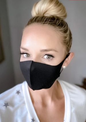 Face Masks. 2 x 5 for Sale in Moreno Valley, CA