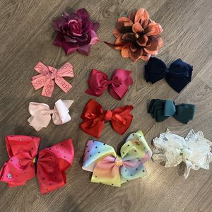 11 Hair Bows for Sale in Henderson, NV