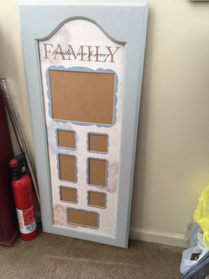 Pic frame for Sale in Westland, MI