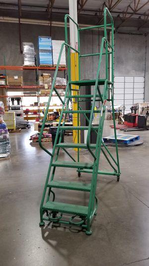 Ladder Industries Rolling Platform Ladder 6ft 3in for Sale in Avondale, AZ