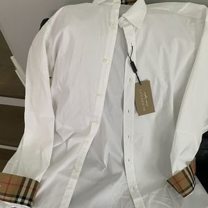 Burberry Men's Stretch Cotton Shirt for Sale in Schaumburg, IL