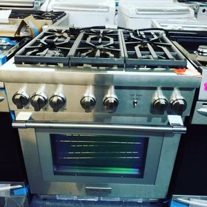 Thermador gas Range for Sale in Paterson, NJ