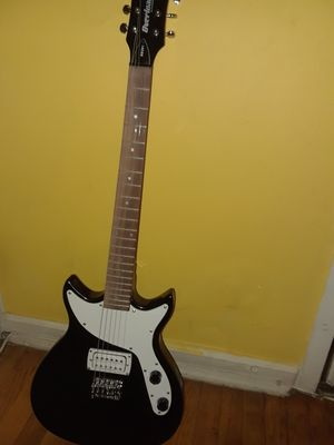 Electric guitar for Sale in Silver Spring, MD