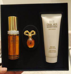 White Diamonds/Elizabeth Taylor Perfume Set for Sale in Wilmington, CA