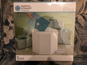 Brand New Martha Stewart Card Box - PICKUP IN AIEA - LOW BALLERS WILL BE BLOCKED - I DON'T DELIVER for Sale in Aiea, HI