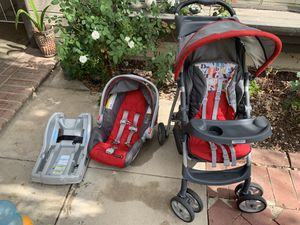 Graco car seat and stroller for Sale in Moreno Valley, CA