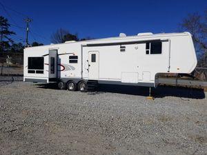 37ft camper for Sale in Dacula, GA