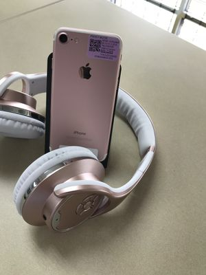 📱📲📲iPhone 7 32 GB factory unlocked a 30 day warranty for Sale in Tampa, FL
