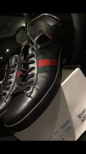 Gucci shoes ! Authentic size 10 for Sale in Chula Vista, CA