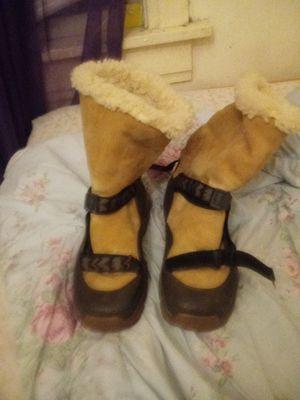Teva female winter boots us size8 for Sale in Denver, CO