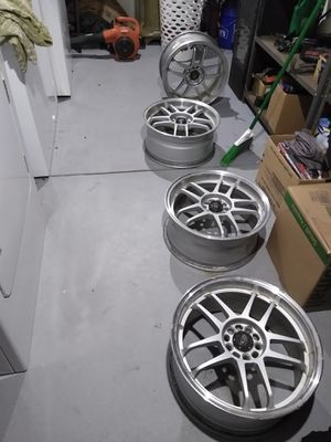 """17"""" rims they are 5/100 for Sale in Browns Mills, NJ"""