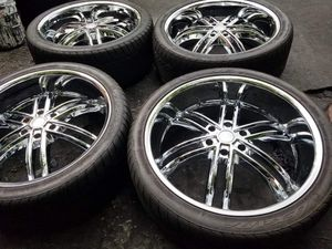 """SET OF 4 BASSANI RIMS & TIRES """"24"""" INCH 6X5.5 FULL CHROME for Sale in Decatur, GA"""