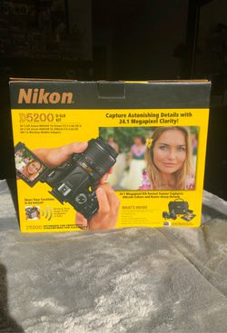 NIKON DSLR D5200 for Sale in Tigard,  OR