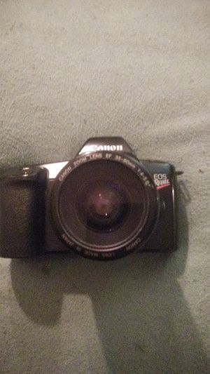 Cannon 35mm film camera for Sale in Brooklyn, OH