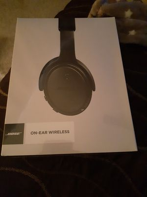 Bose on ear wireless headphones for Sale in Euless, TX