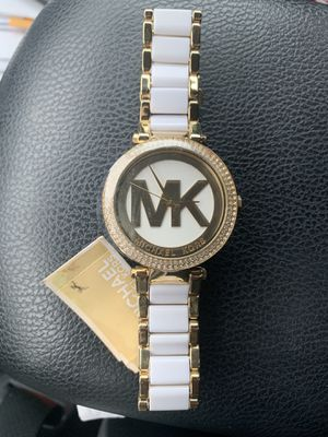 brand new Michael kors watch for Sale in Wallingford, CT