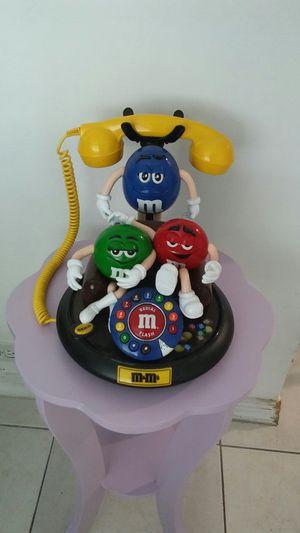 MUY LINDO TELEFONO FUNCIONA MUY BIEN ES NUEVO for Sale in Hialeah, FL