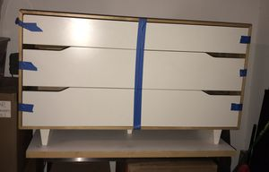 Dresser with 6 drawers for Sale in La Quinta, CA