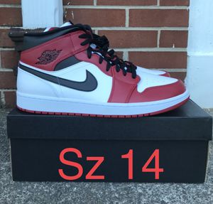 Jordan 1 mid Chicago for Sale in Winston-Salem, NC
