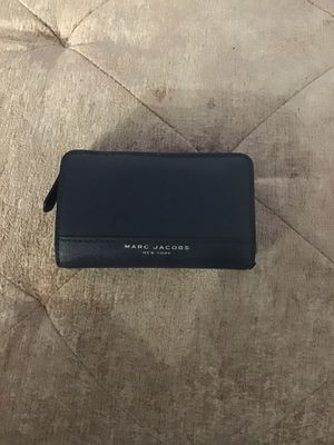 Marc Jacobs wallet for Sale in Chicago, IL