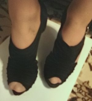 Size 10 qupid soft fabric slightly platform high heels for Sale in Irving, TX