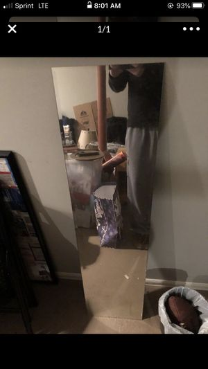 Floor Length Mirror NEED GONE for Sale in Worcester, MA