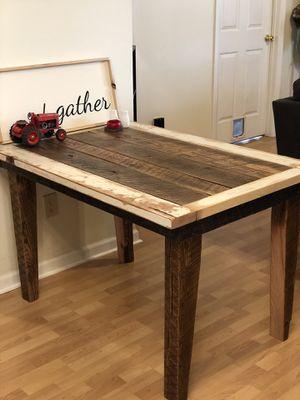 Barnwood Breakfast Table for Sale in Spring Hill, TN