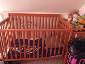 Crib for Sale in Dundalk, MD