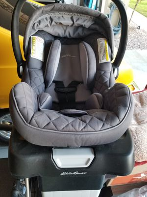 Car seat for Sale in Perris, CA