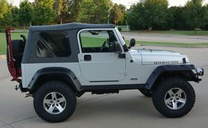 Beautiful 2OO5 JeeP Wrangler FWDWheelssss for Sale in St. Louis, MO
