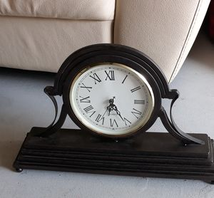 Antique clock for Sale in Tamarac, FL