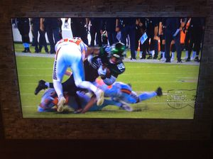 LG 60 inch TV excellent condition Super Bowl Special for Sale in Davie, FL