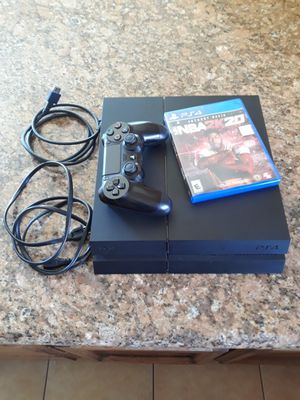 PS4 500GB w/ controller and NBA 2k20 for Sale in Elk Grove, CA