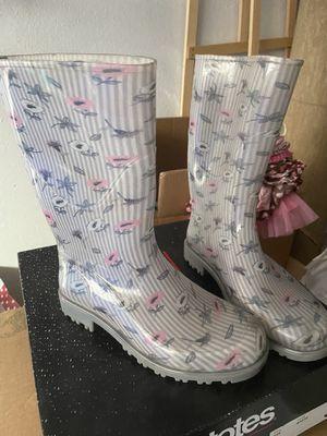Rain boots size 7 girld for Sale in Corona, CA