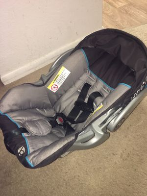 Baby car seat for Sale in Fort Pierce, FL