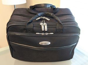 Black Samsonite 1910 Rolling Laptop Travel Case Bag Luggage Carry-on Carrier w/ Pull-out Handle for Sale in Plano, TX