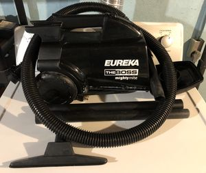 Vaccum Cleaner Eureka for Sale in Suffield, CT