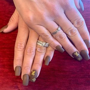 Nailsbymimi for Sale in Bloomington, CA
